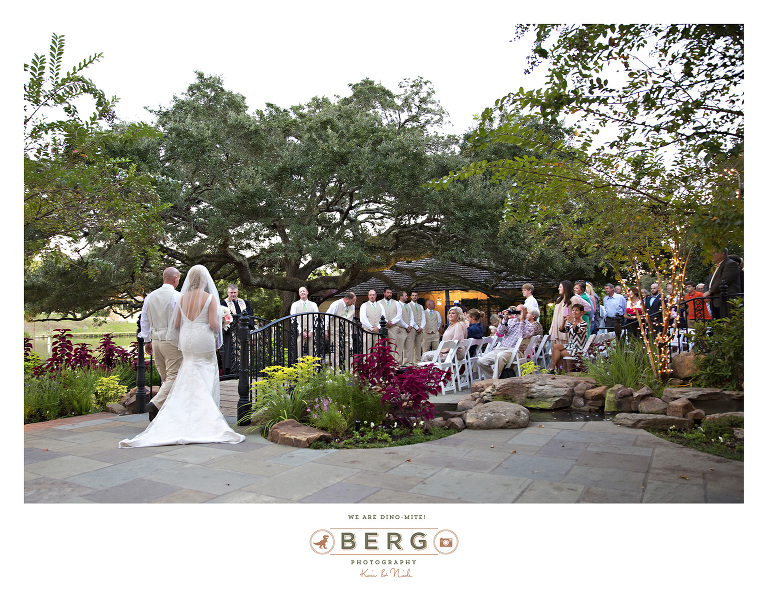 Berg photography husband and wife wedding photographers for Beau jardin natchitoches la
